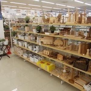 新商品続々入荷中!!
