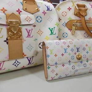 "人気の""LOUIS VUITTON"