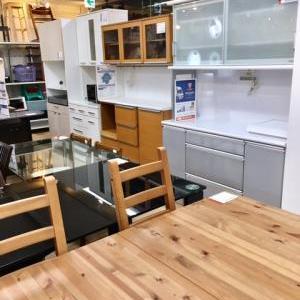 充実の家具