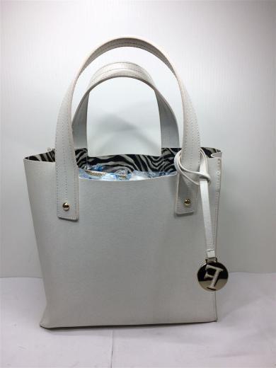 2854de912604 Furla. ハンドバッグ/--/ホワイト/レディース/鞄/レザーバッグ/レディースバッグ/トート ...