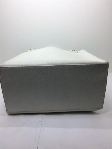 7d3fb86b13b9 Furla(フルラ) / ハンドバッグ/--/ホワイト/レディース/鞄/レザーバッグ/レディースバッグ/トートバッグ/    セカンドストリート 衣類・家具・家電等の買取と販売なら ...
